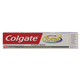 Colgate Total Clean whitening Toothpaste 12/Pack