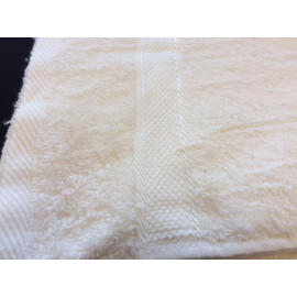 Dolly Extra Soft Bamboo Hand Towels 30x16 wt. 5.00 lbs/dz. Ivory 12/Pack